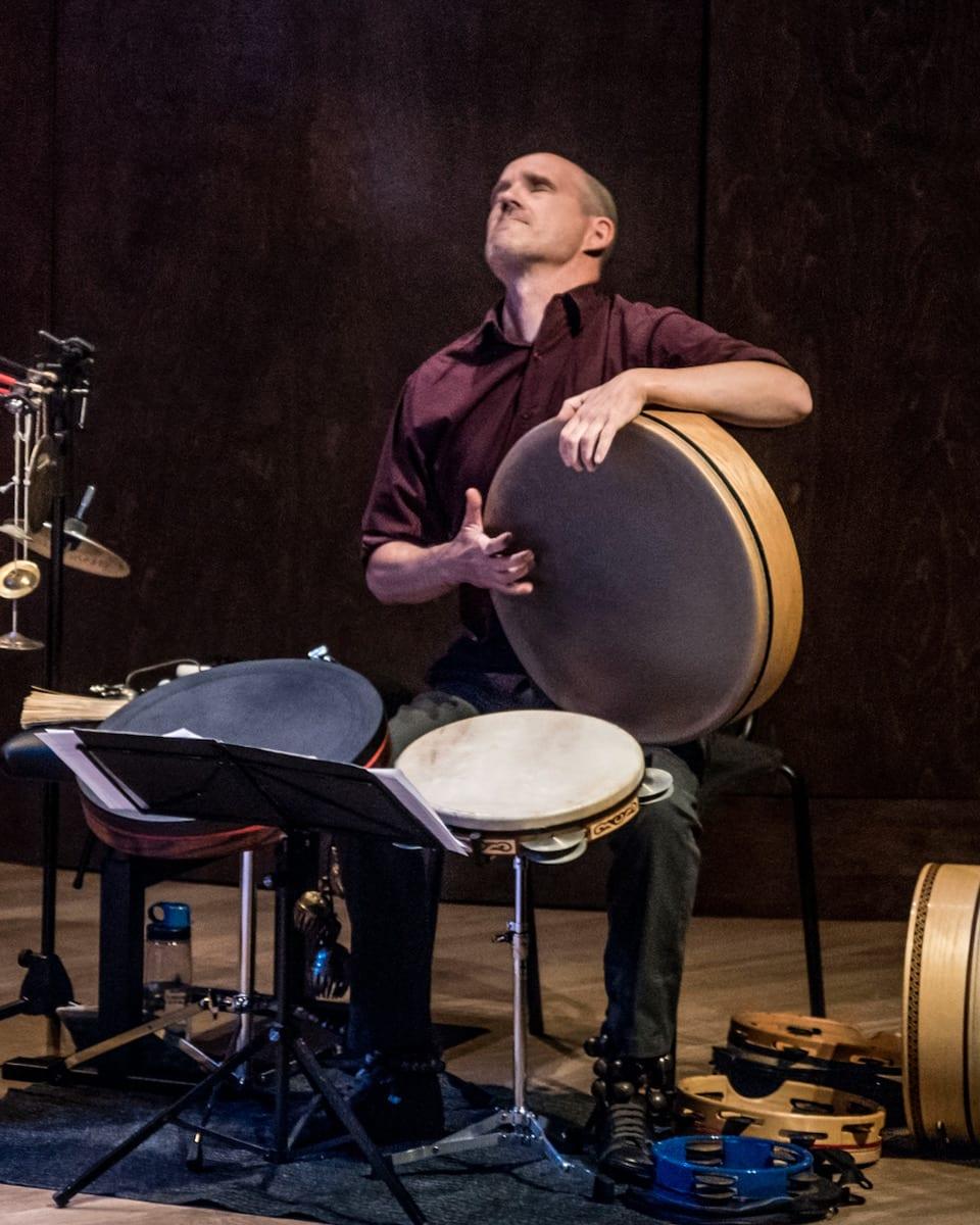 Patrick Graham on percussions
